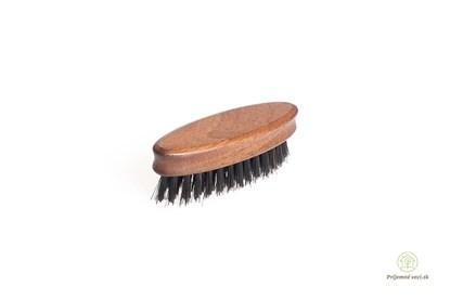 Obrázok pre výrobcu Kefa na bradu a fúzy z orechového dreva