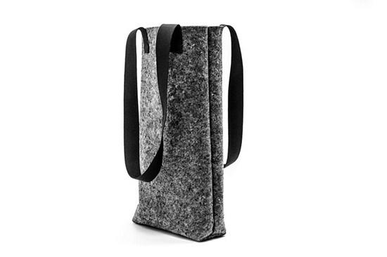 Taška z recyklovaného materiálu