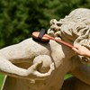 Hrušková masážna kefa s rúčkou - čierne štetiny
